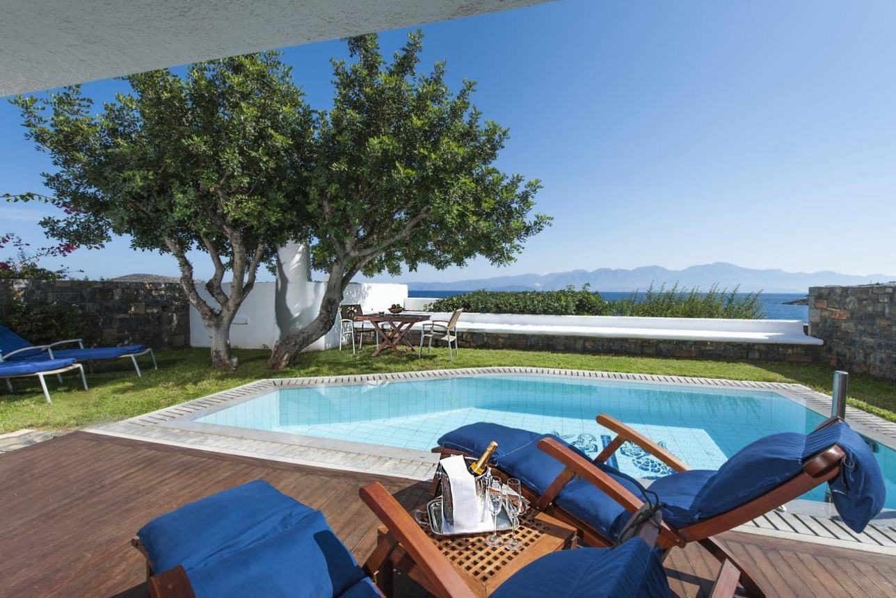 Luxury Pool Bungalow