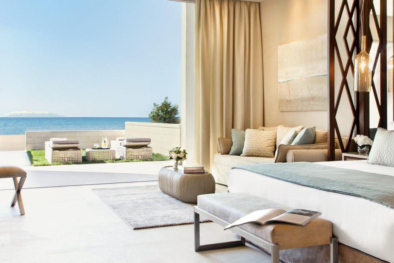 Deluxe Junior Suite Beachfront met terras
