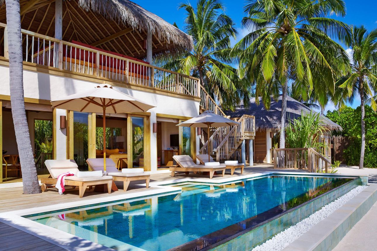 2-bedroom Ocean Beach Villa Pool