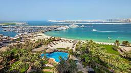 Le Meridién Mina Seyahi Beach Resort