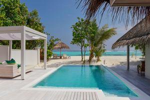 Retreat Beach Pool Villa
