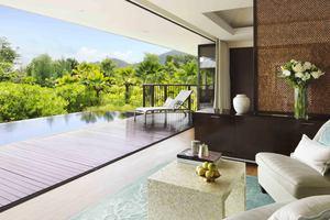 Beachfront Pool Villa 2-bedroom