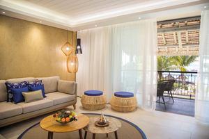Ocean Beachfront Family Suite