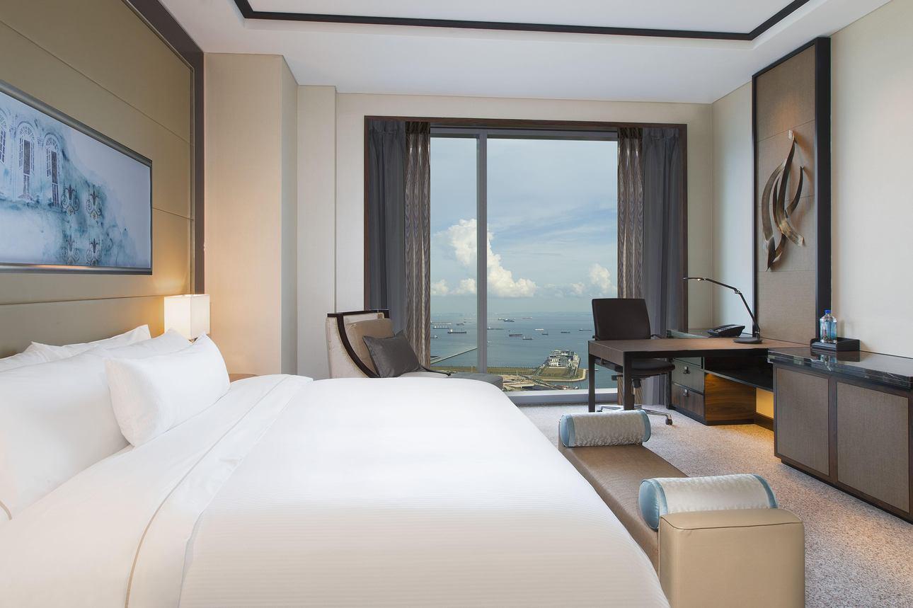 Premier Seaview Room