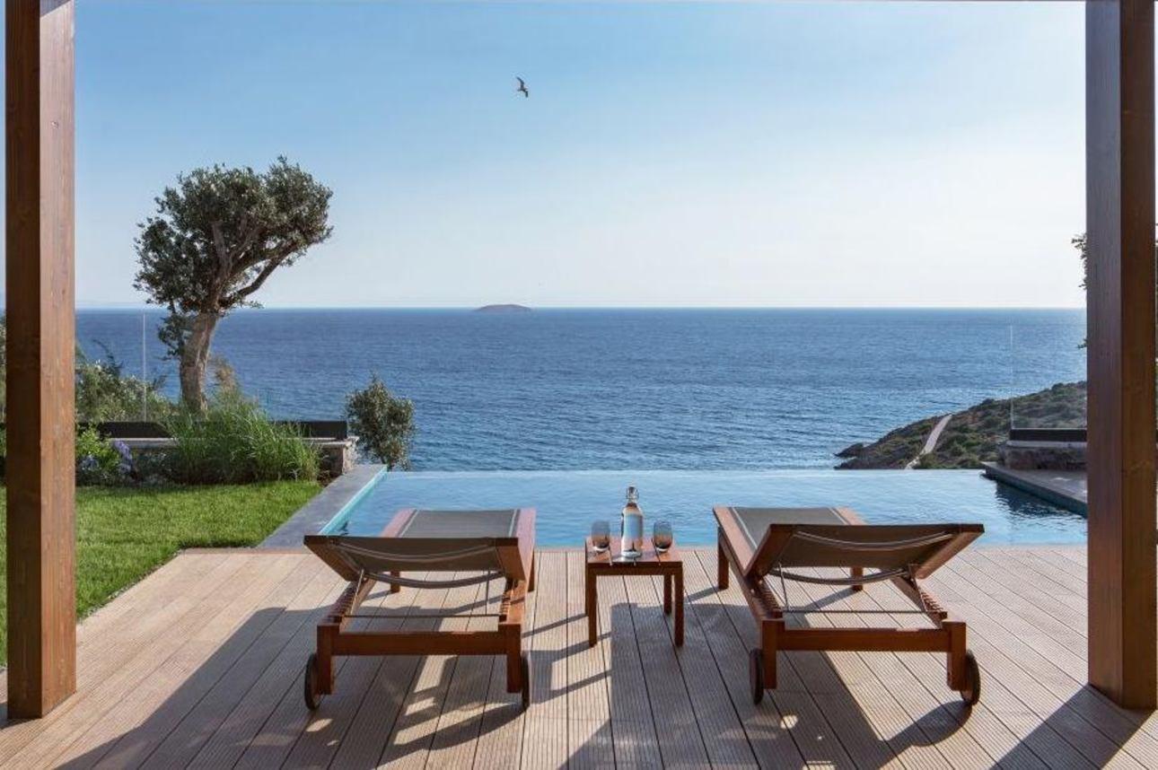 Ridge Villa met privé zwembad & Zeezicht