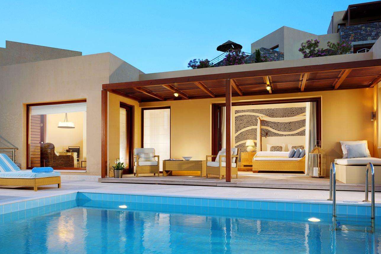 Island Luxury Pool Suite