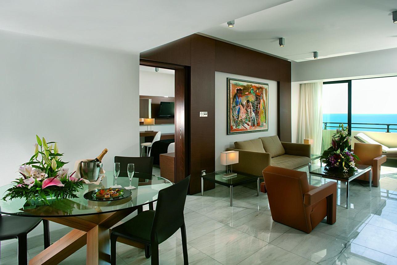 Amathunta Suite