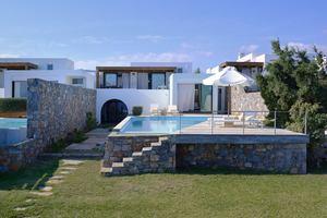 Thalassa Pool Villa