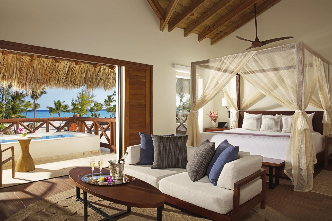 Preferred Club Master Suite Plungepool Frontaal Zeezicht