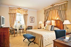 Palacio Deluxe Suite