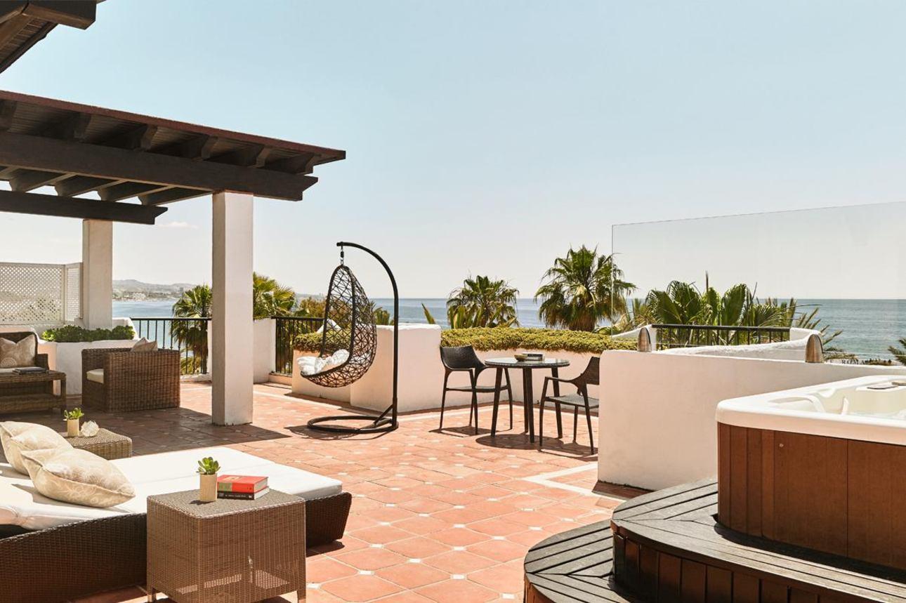 Royal  Beach Suite